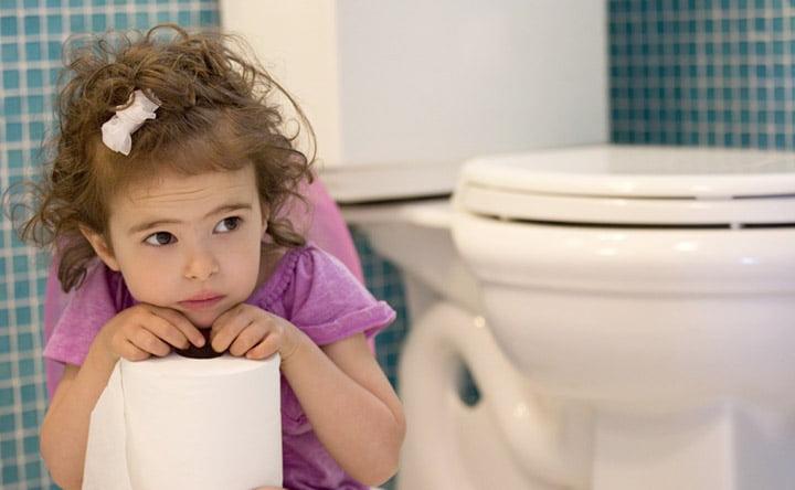 Tutto ciò che bisogna sapere sulla stitichezza dei bambini