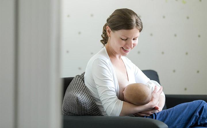 Probiotici e latte materno: insieme per migliorare la flora intestinale