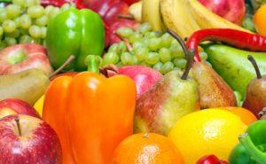 Ecco cosa causa il mal di stomaco dopo aver mangiato