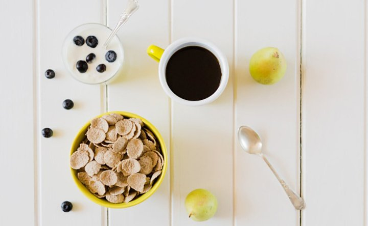 Ripristinare la flora intestinale con alimenti e fermenti lattici vivi
