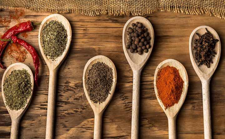 Spezie e probiotici per una migliore digestione